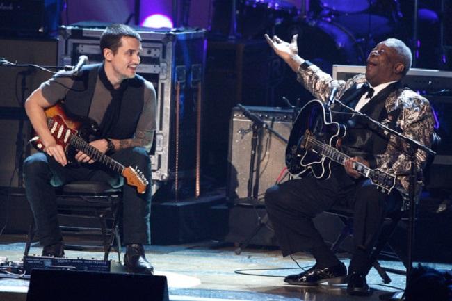http://inyoureyes.cowblog.fr/images/GrammyNominationsConcertLiveShowKB4d0wzFJFvl.jpg