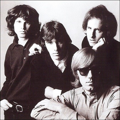 http://inyoureyes.cowblog.fr/images/artiste/TheDoors.jpg